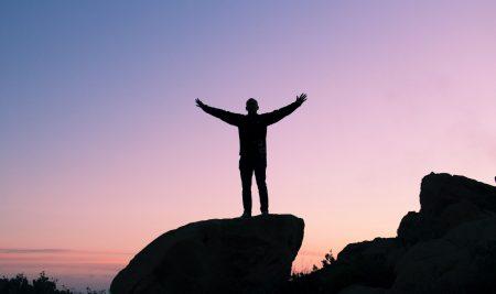 Dunning-Kruger Etkisi Nedir? Cahil Cesareti Neden Ortaya Çıkar?